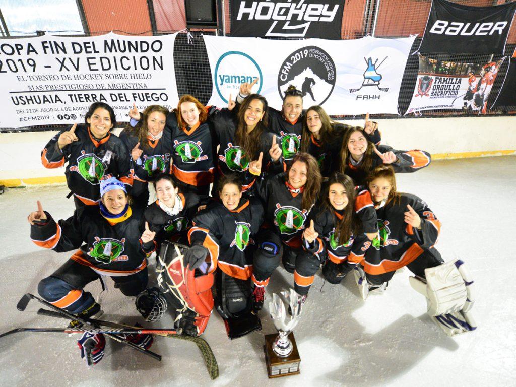 Equipo de ACEMHH, campeón de la COPA FIN DEL MUNDO 2019 categoría DAMAS.